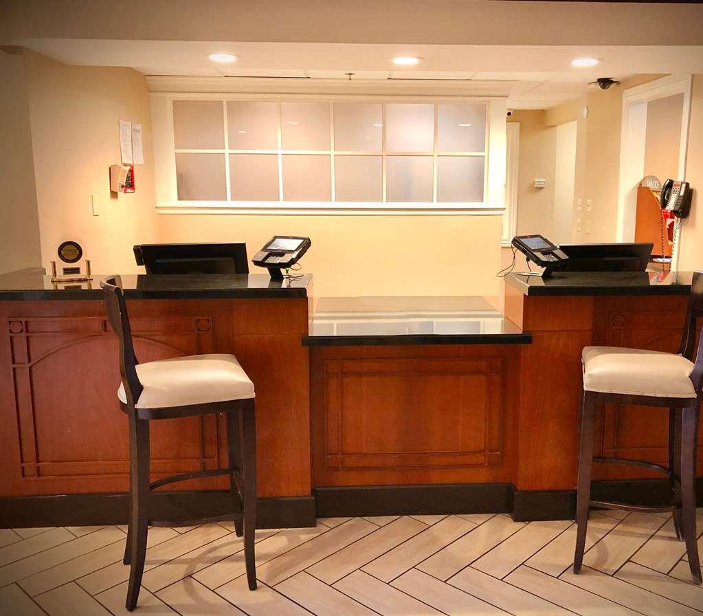 Gallery image of Sonesta ES Suites San Francisco Airport