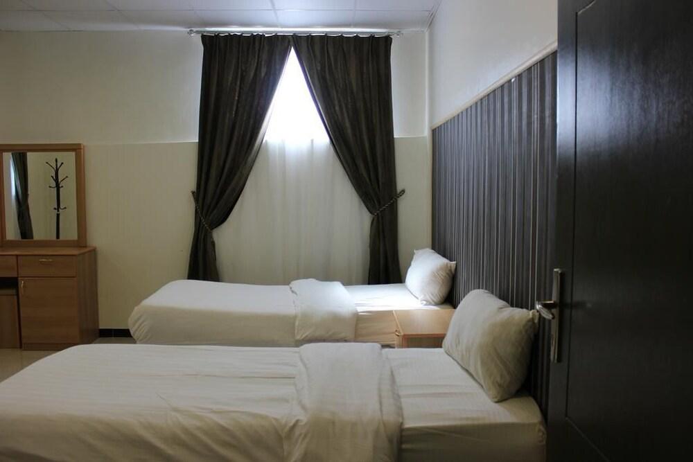 Al Amoria Furnished Apartments 3