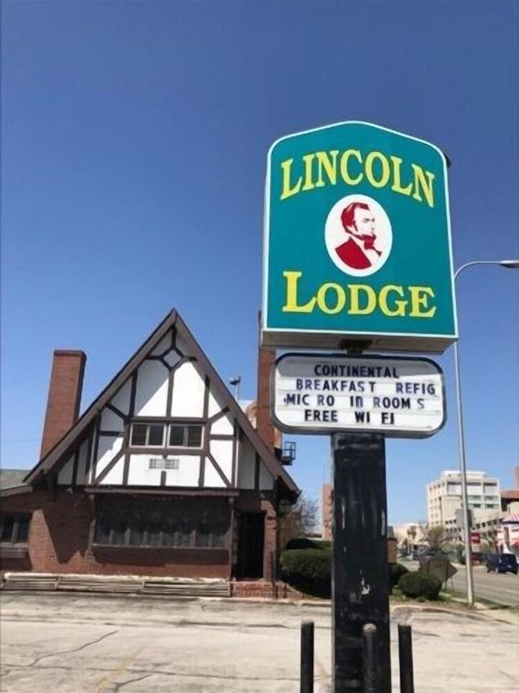 Lincoln Lodge