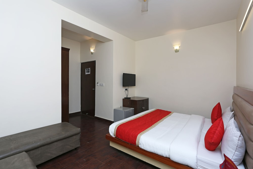 Oyo 8751 Hotel Shoba Inn
