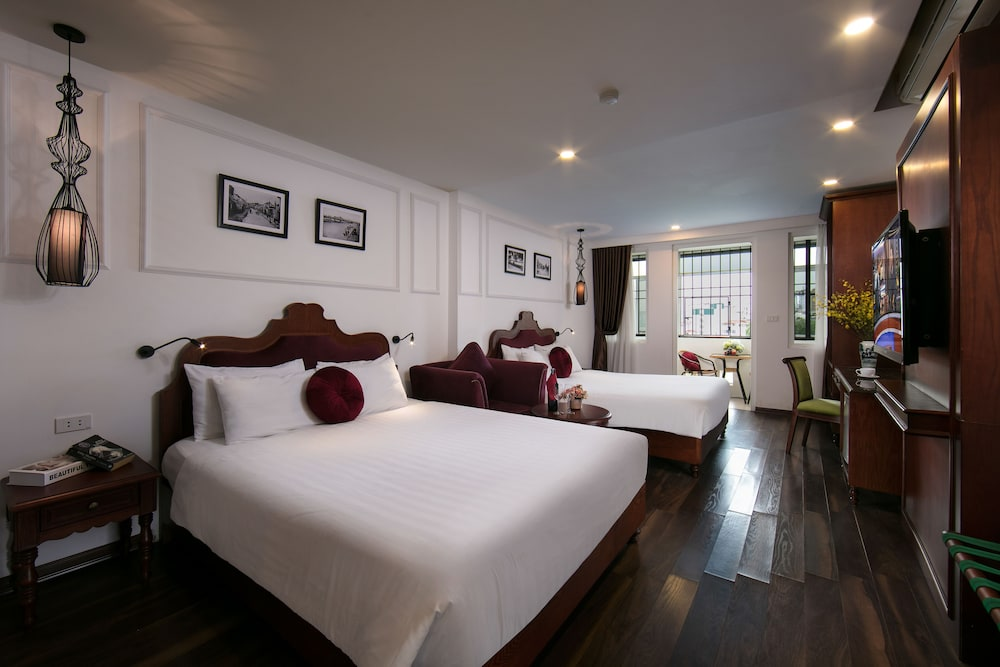 Vision Premier Hotel & Spa