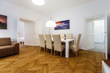 Judengasse Premium Apartments In Your Vienna By Welcome2vienna (جودنگاس پرمیوم آپارتمنتس این یور وین بای ولكوم۲وینا) In-Room Dining