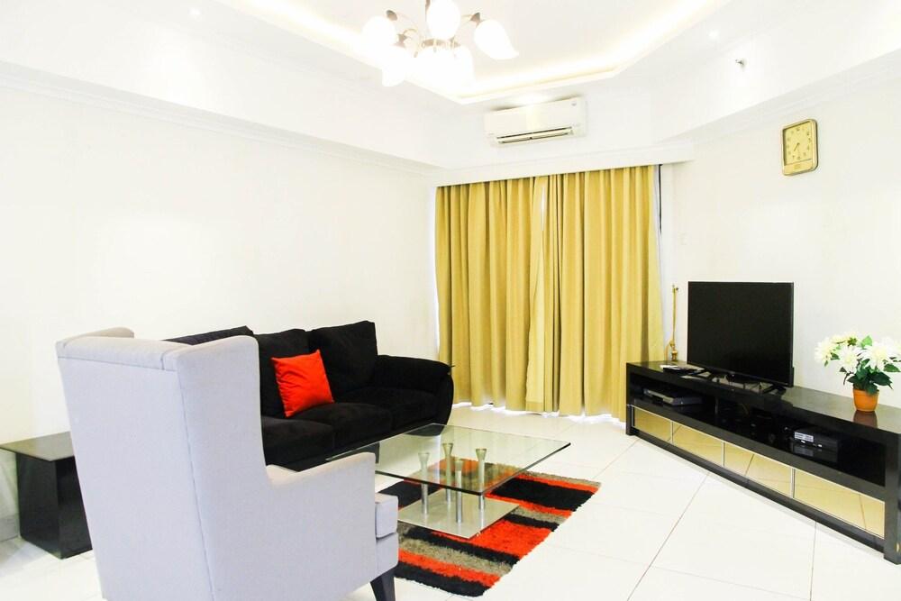 3BR City View Sudirman Condominium Apartment