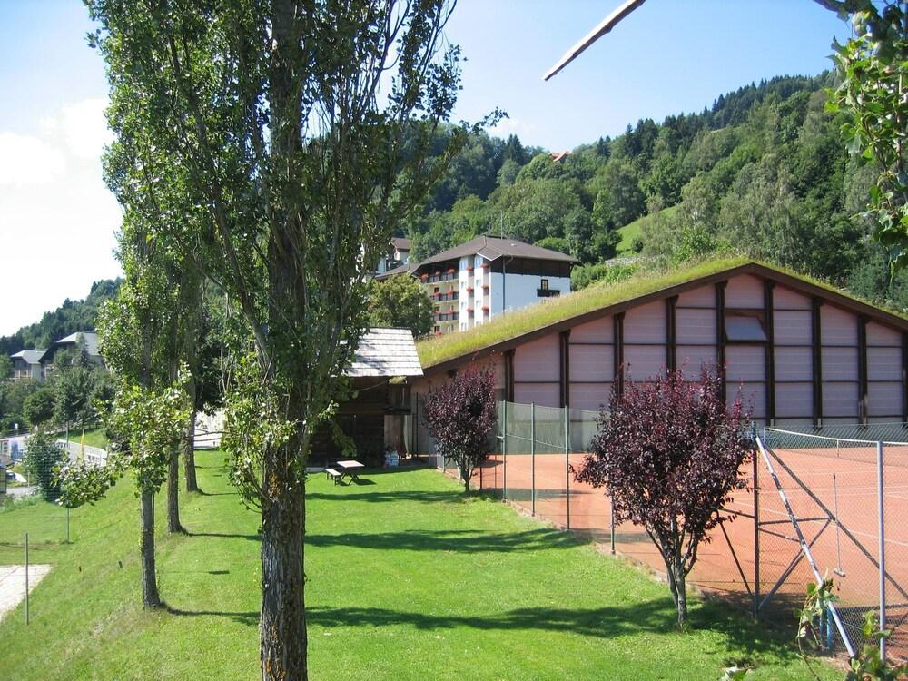 Gallery image of Sonnenhotel St. Urbanerhof