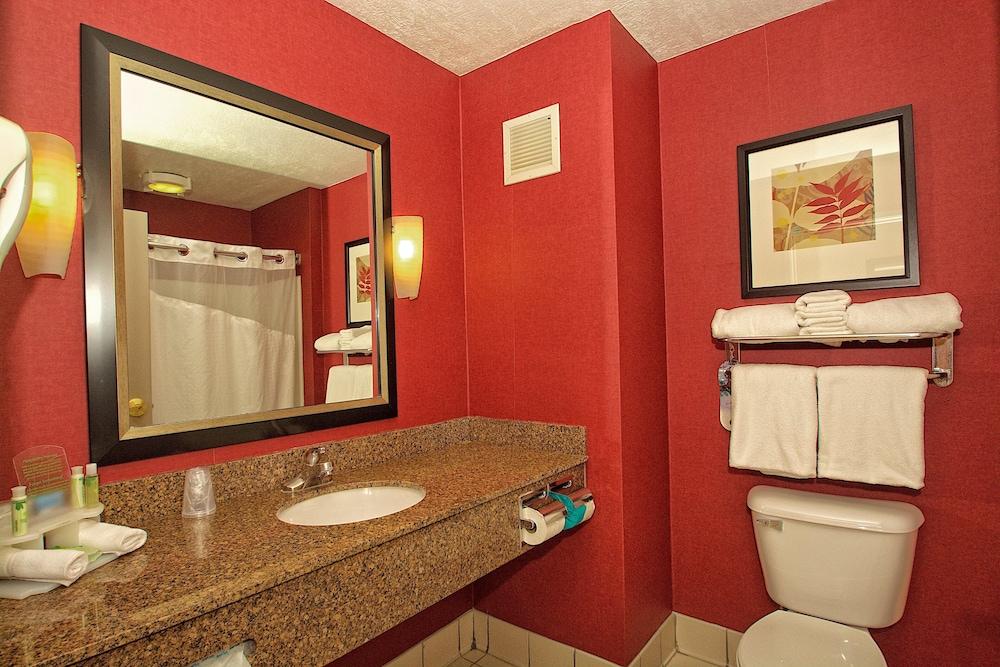 Gallery image of Holiday Inn Express & Suites Ogden