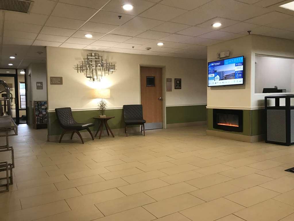 Gallery image of Best Western Rayne Inn
