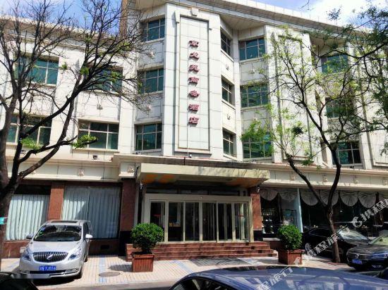 Jinglongyuan Business Hotel