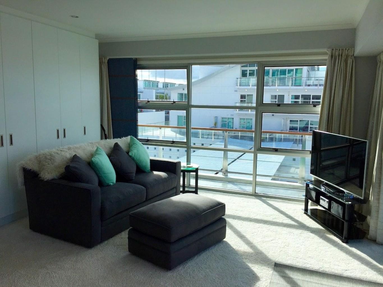 1BR Sub Penthouse Panoramic Views
