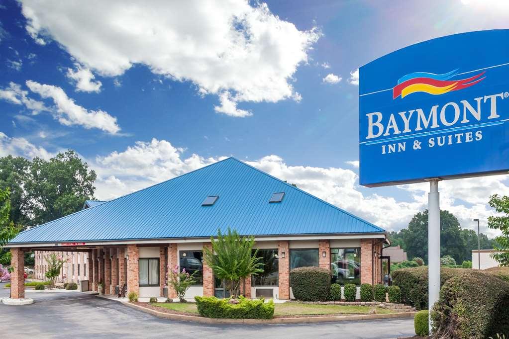 Gallery image of Baymont by Wyndham Jackson