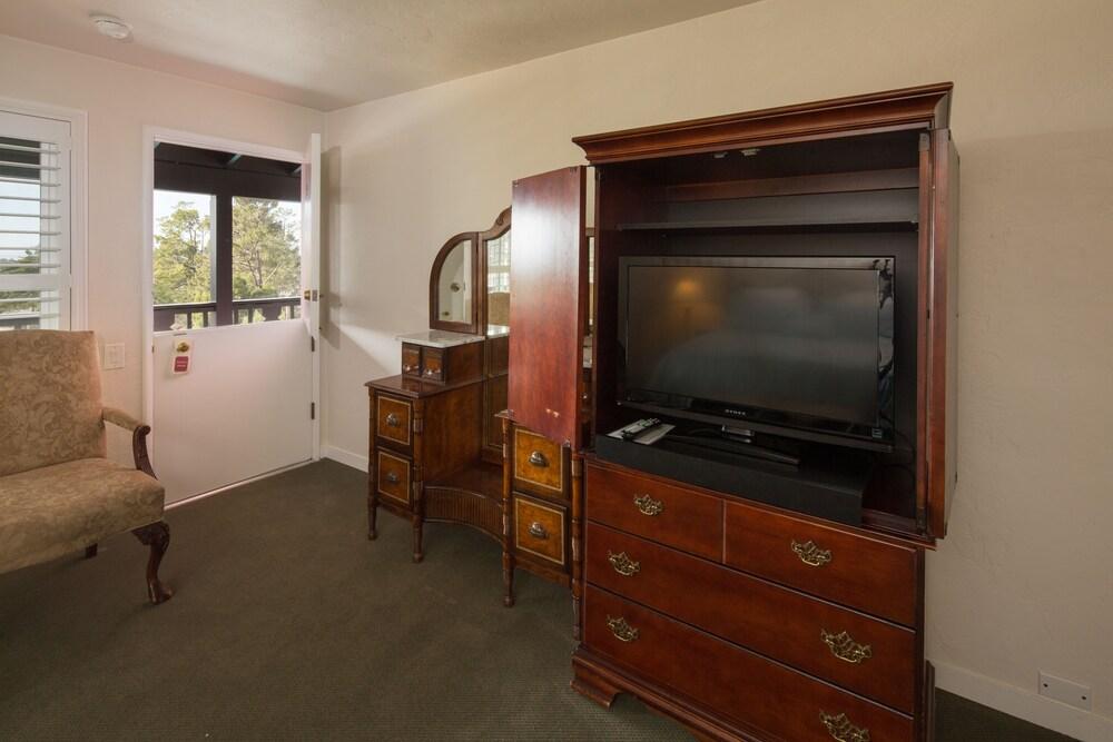 Gallery image of Hofsas House Hotel
