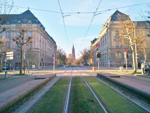 Avenue de La Paix L'Exclusif