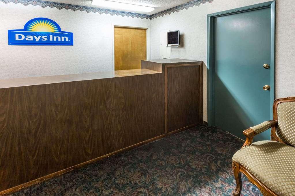 Gallery image of Days Inn by Wyndham Medford