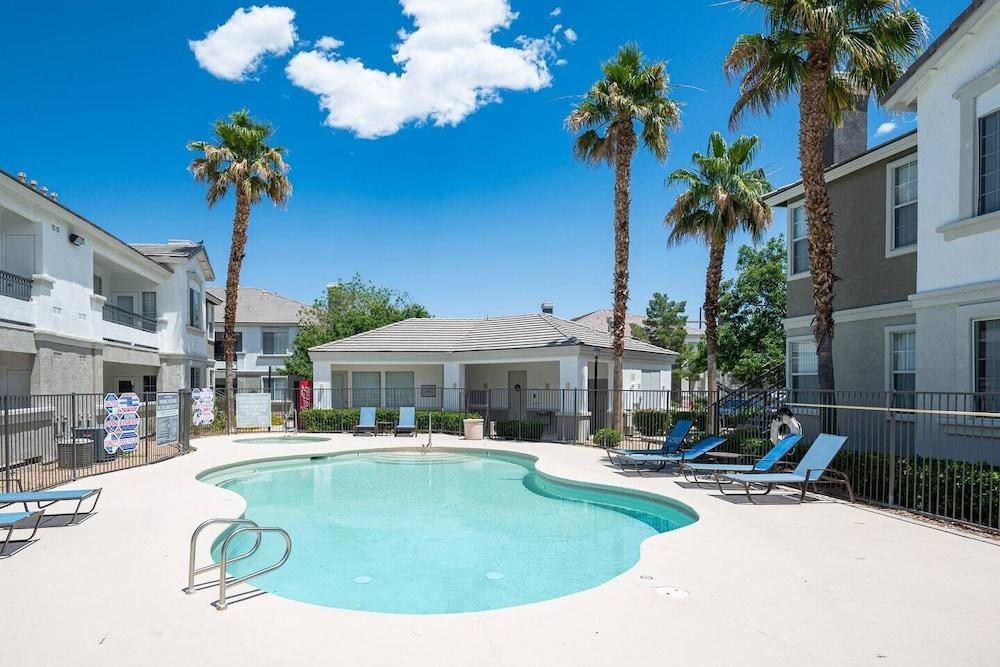 Large Private Condo 15 Minutes From Strip w Pool