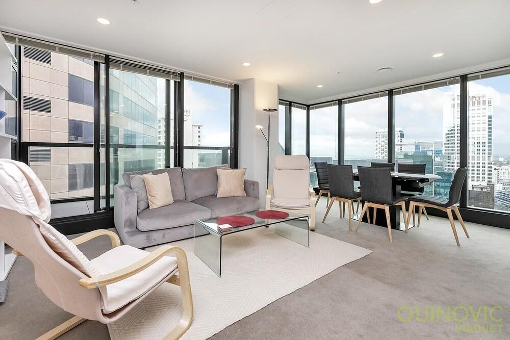QV Nice Views Spacious Apartment 784