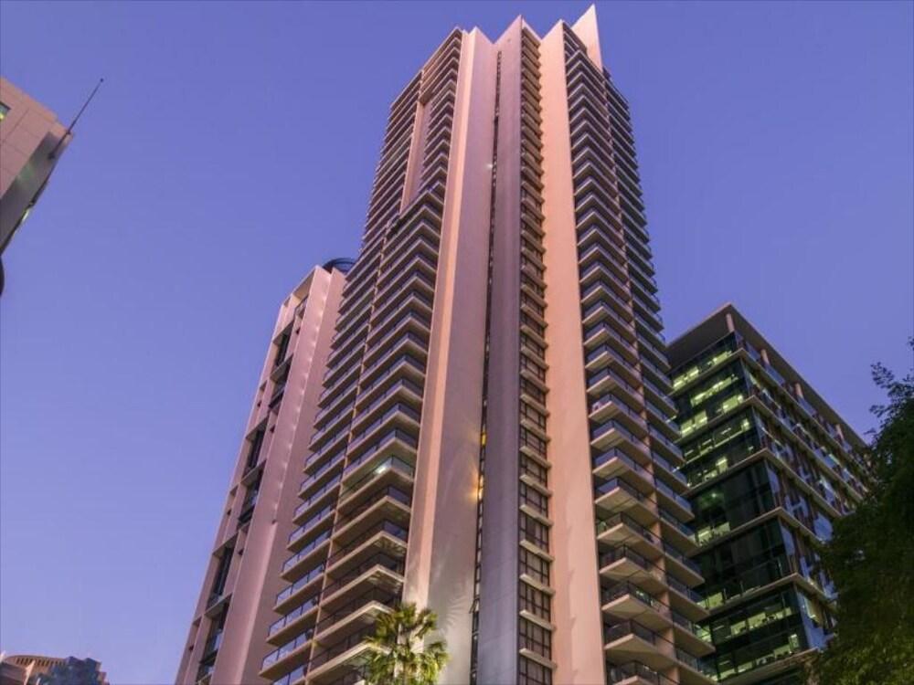 Sky River CBD apartment
