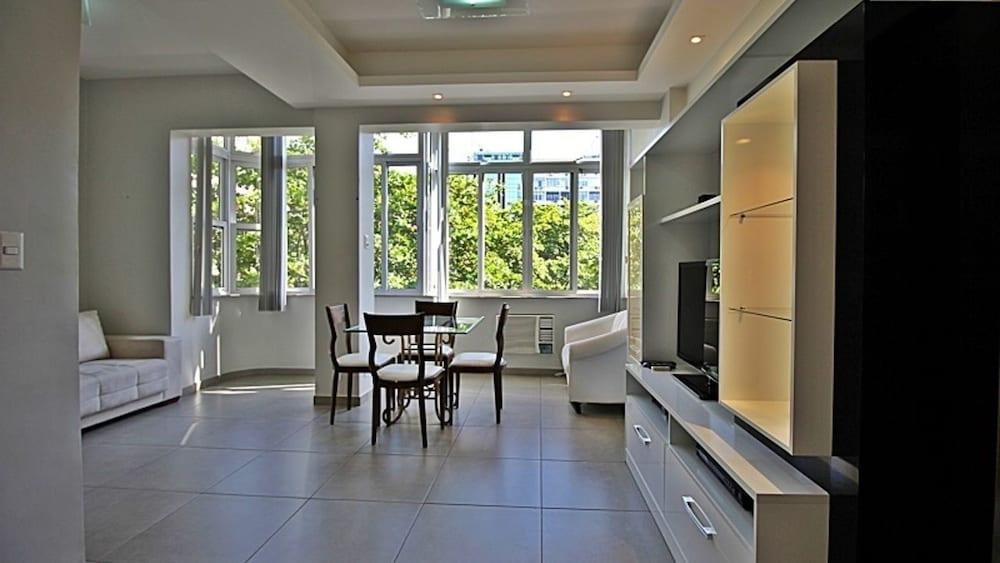 Rio Spot Apartment T011