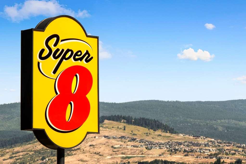 Gallery image of Super 8 by Wyndham Vernon BC