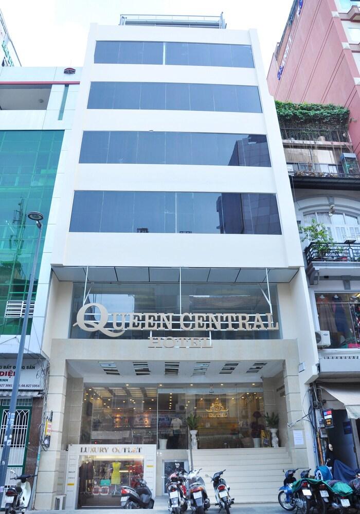 Queen Central Hotel