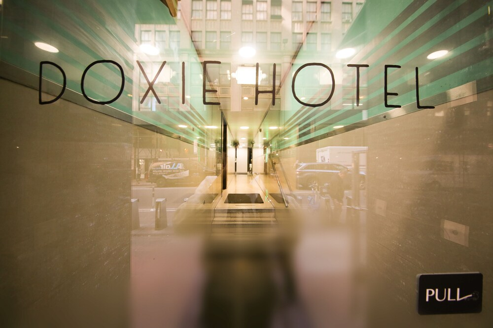 Gallery image of Doxie Hotel