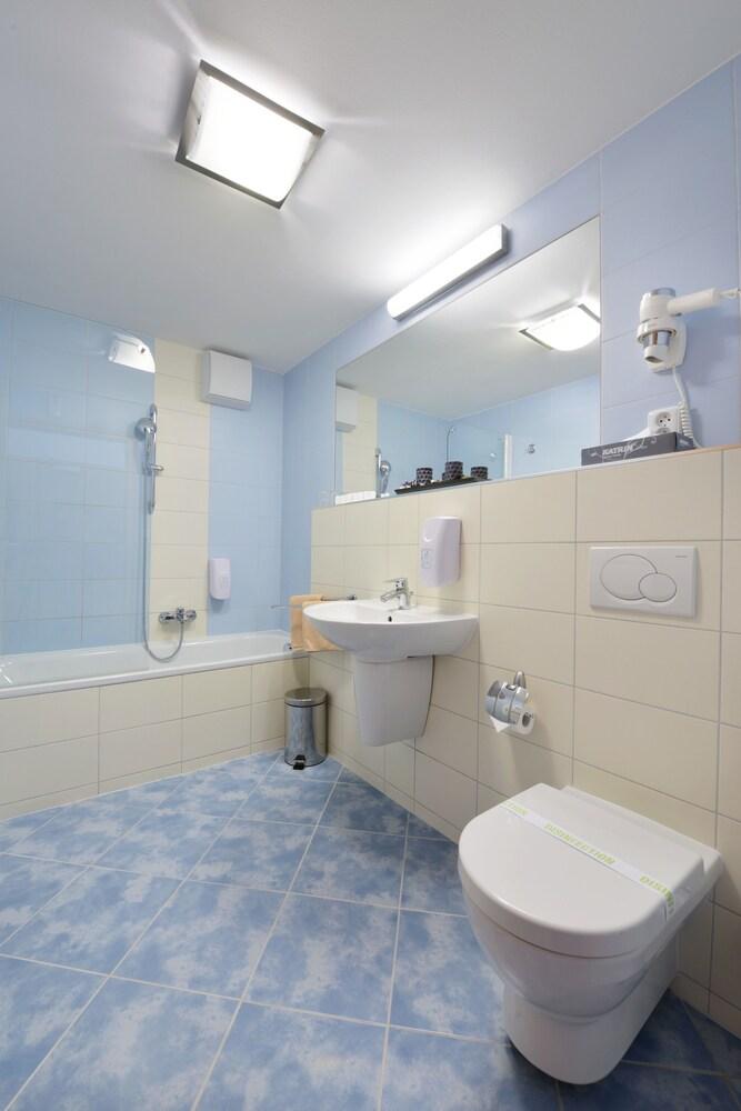 Gallery image of Hotel Blue Garni