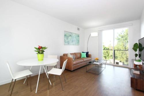 Spacious & Stylish Sunnyvale 3BR w King Size Beds