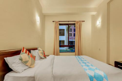 Commodious 1BR Stay in Vedic Village