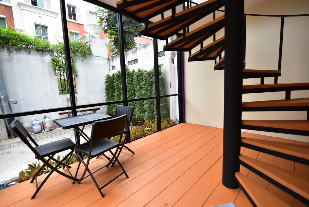 Gallery image of Grass Suites Thonglor