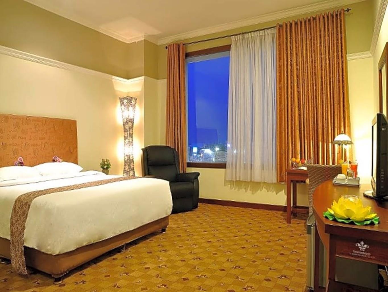 Grand Tryas Hotel