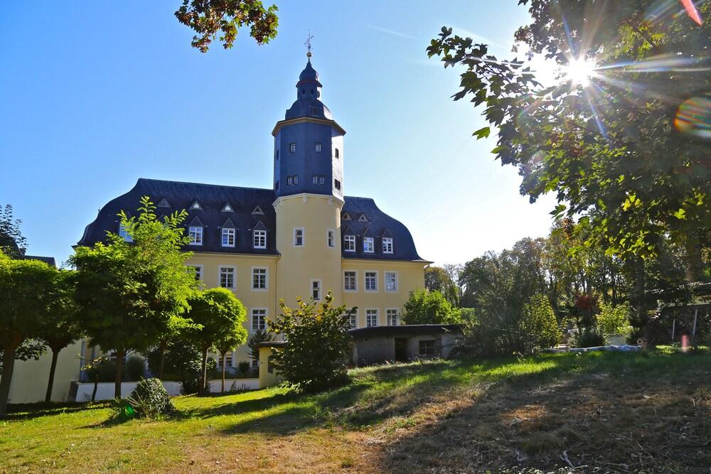 Gallery image of Schlosshotel Domäne Walberberg