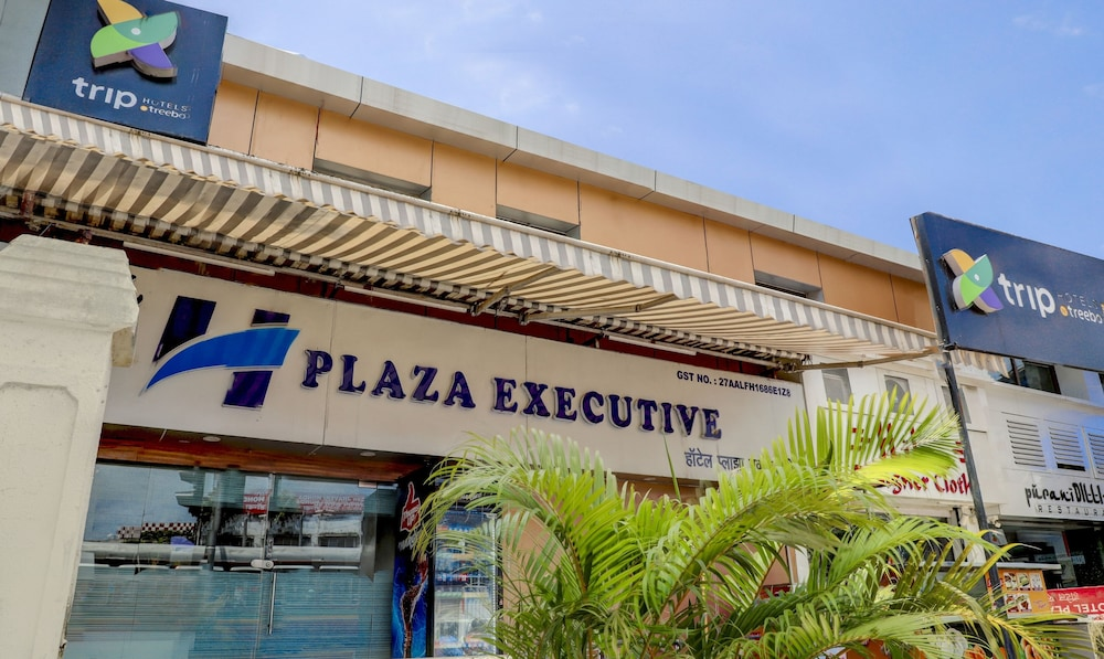 Hotel Plaza Executive Kurla