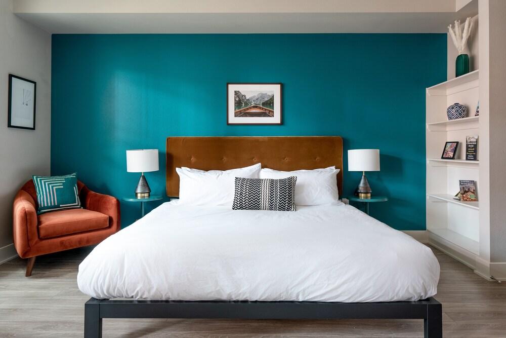 Kasa Denver Riverfront Apartments