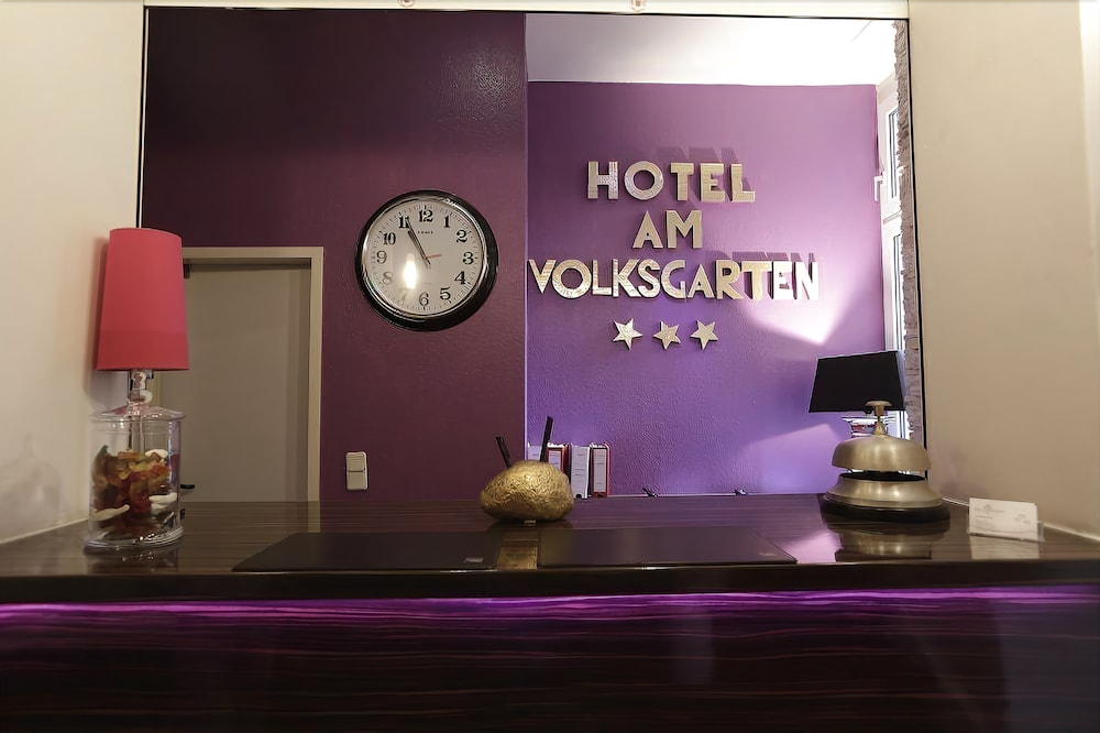 Gallery image of Hotel Am Volksgarten