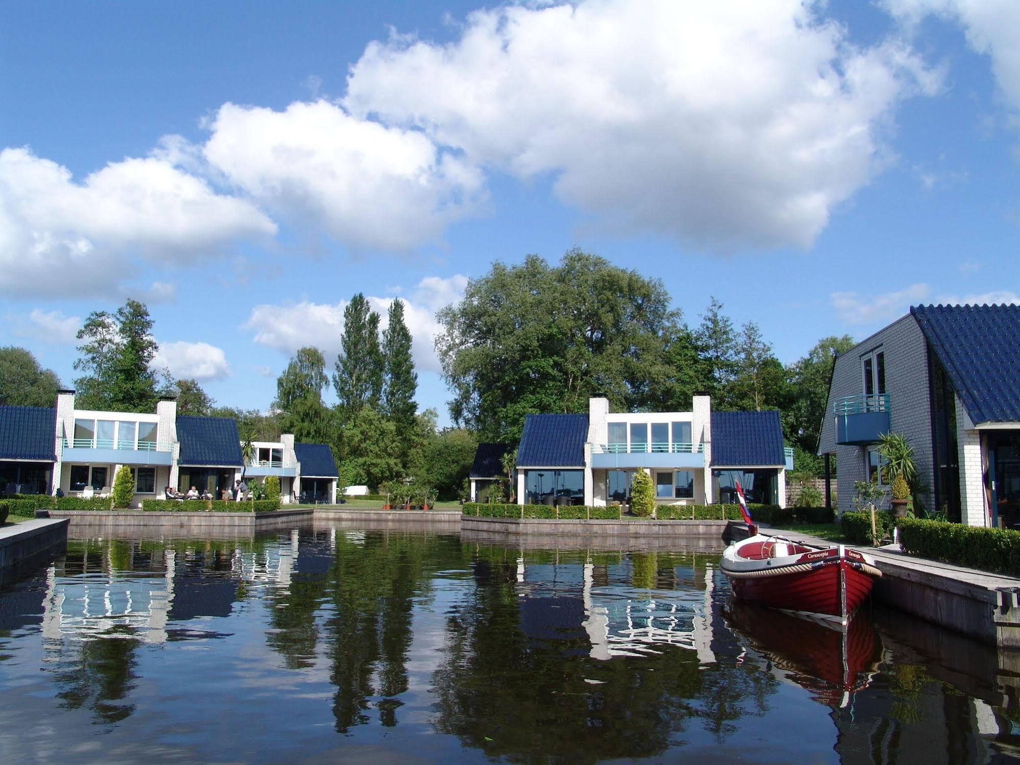 Amsterdam Loosdrecht Rien Van Den Broeke Village