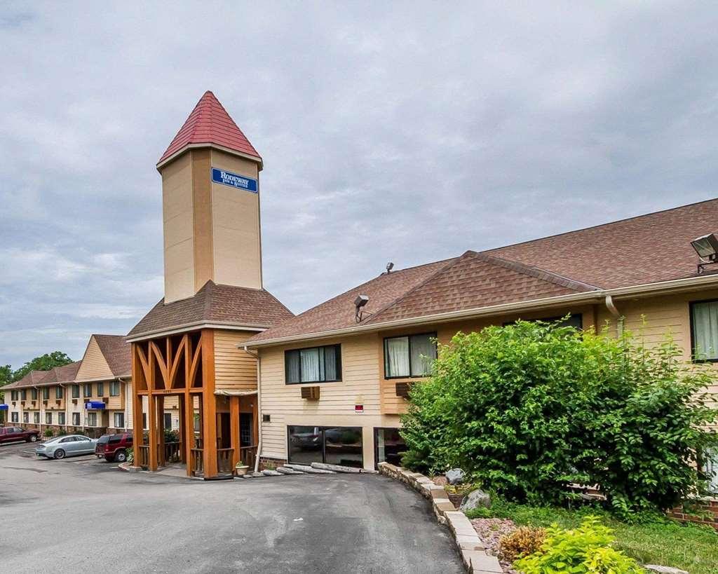Rodeway Inn & Suites Wi Madison Northeast