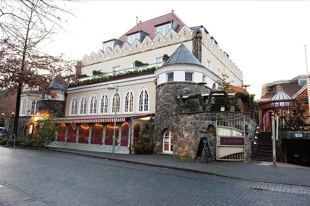 Hotel Iiyo