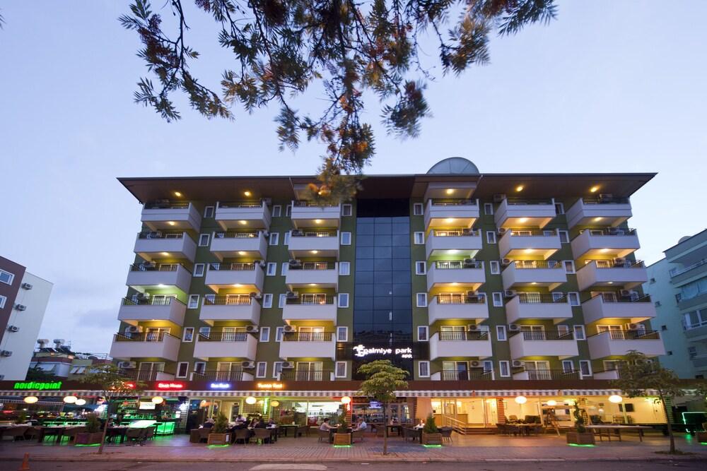 Gallery image of Palmiye Park Hotel