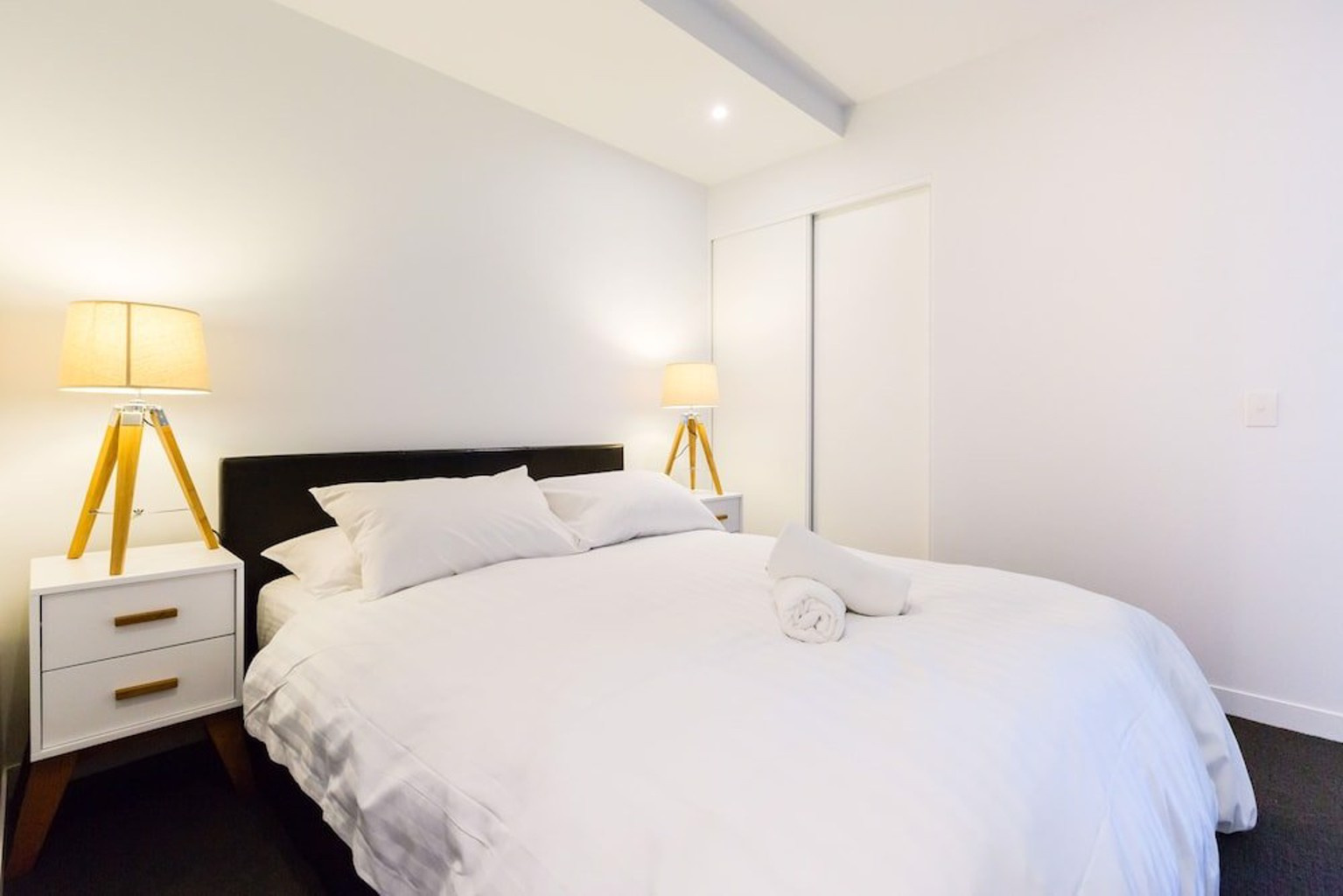 Santeri 2Bdr Melbourne Apartment