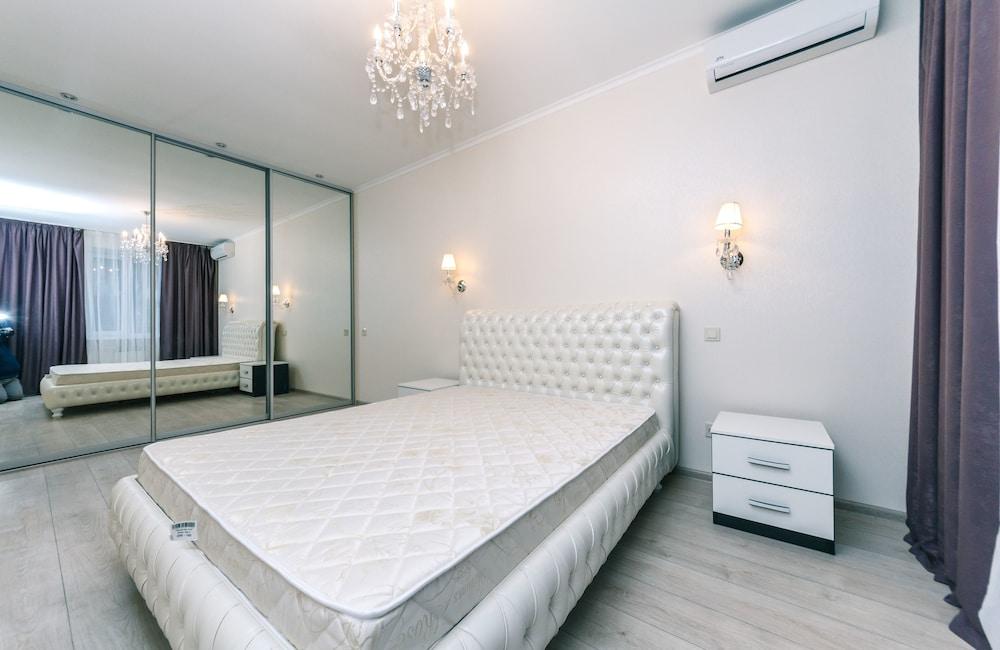Apartment Kiev Lesi Ukrainki