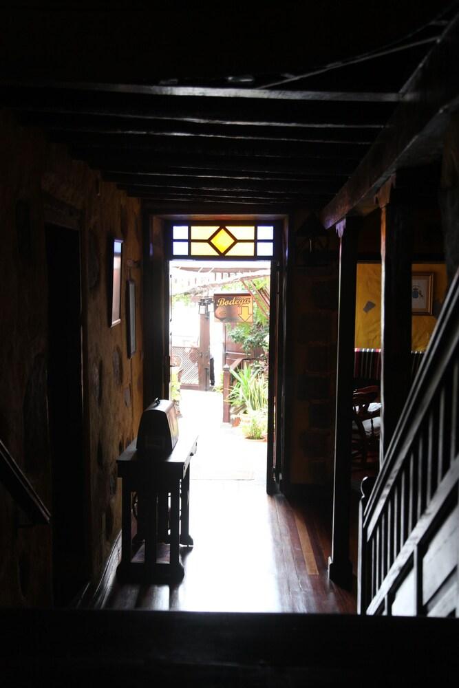 Gallery image of Fonda Central