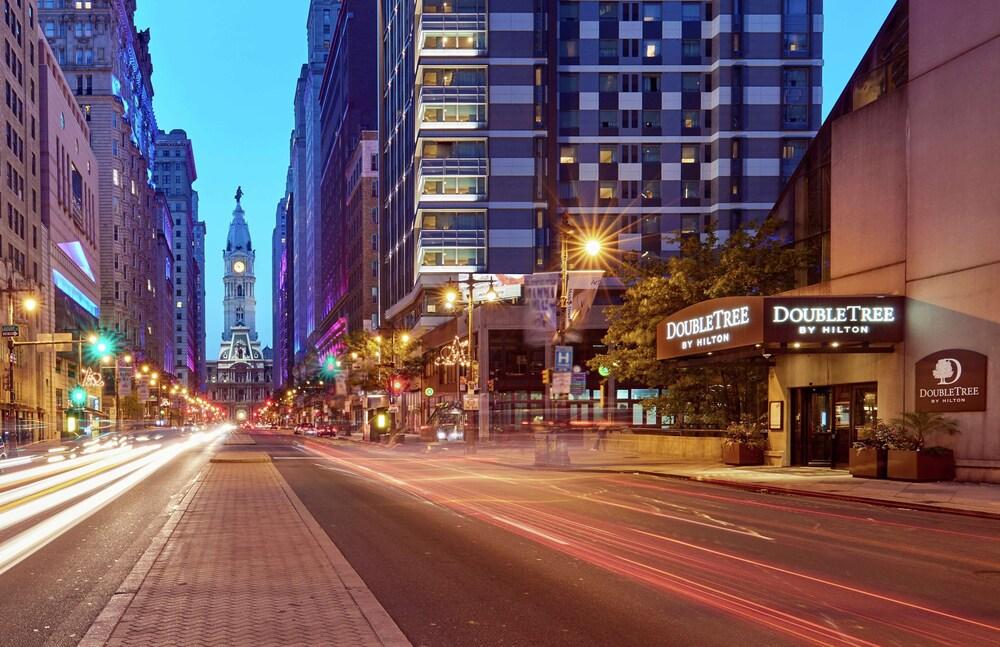DoubleTree by Hilton Philadelphia Center City