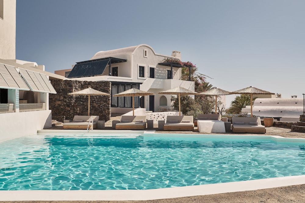 Vedema a Luxury Collection Resort Santorini.
