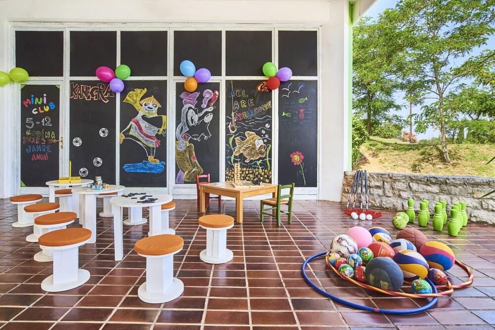 Gallery image of Apartments Kanegra Plava Laguna