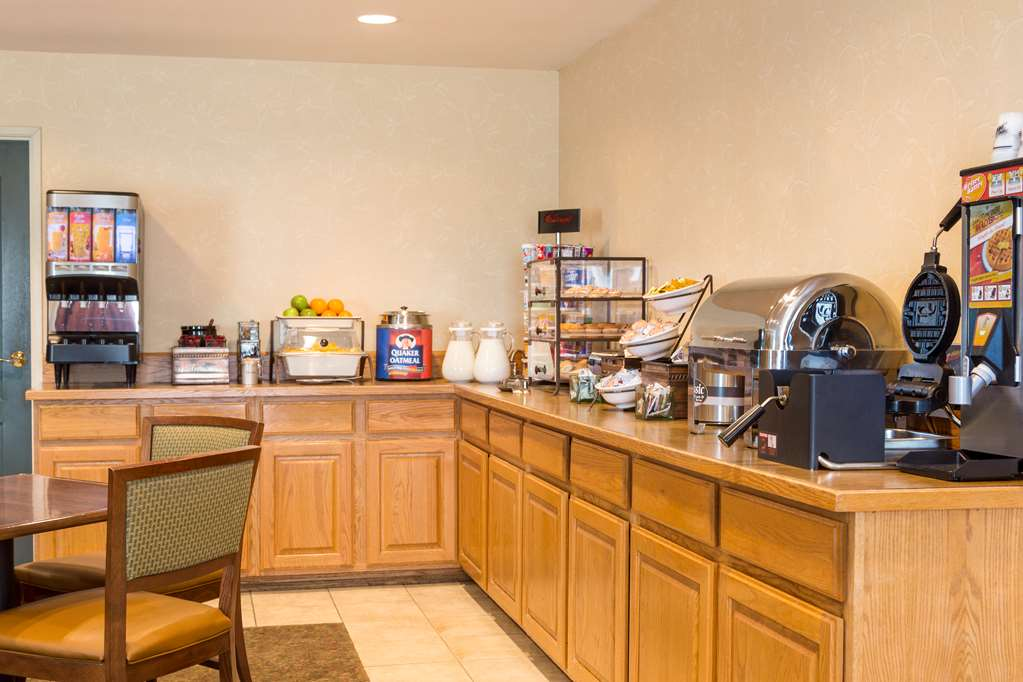 Gallery image of Country Inn & Suites by Radisson Nevada MO