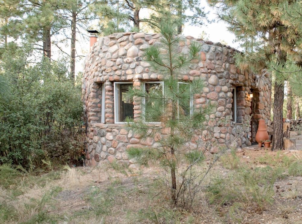 Pueblo Canyon Inn