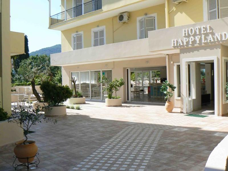 Gallery image of Happyland Hotel Apartments