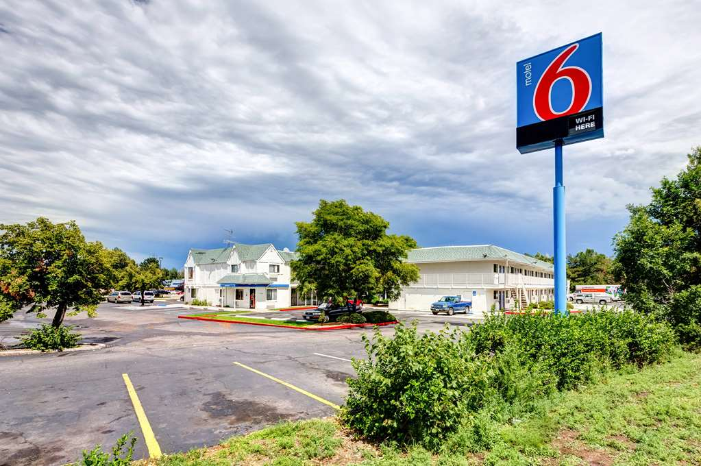Motel 6 Denver West Wheat Ridge North