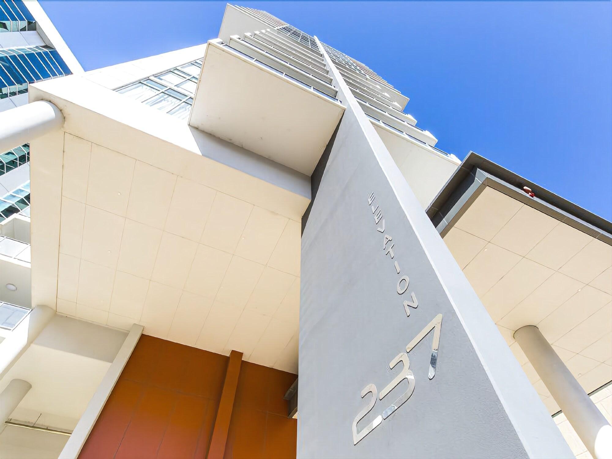 Perth Elevations Apartment 1501