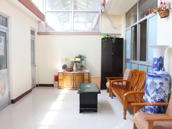 Gallery image of Haishang Renjia Guest House