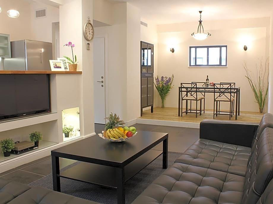 Zamenhoff Dizengoff Apartments