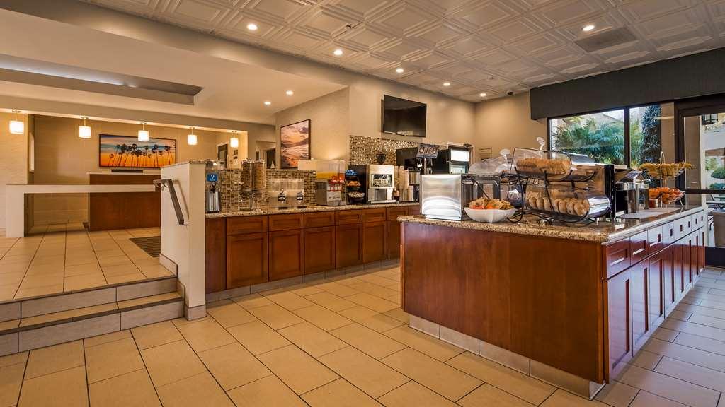 Gallery image of Best Western Plus South Coast Inn